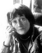 Geneviève Serreau